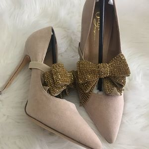 Nude Color Pump with Bling Bow